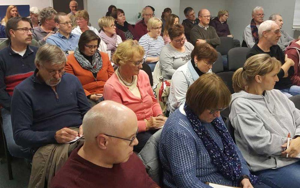 Foto Publikum am Infoabend über das neue BTHG